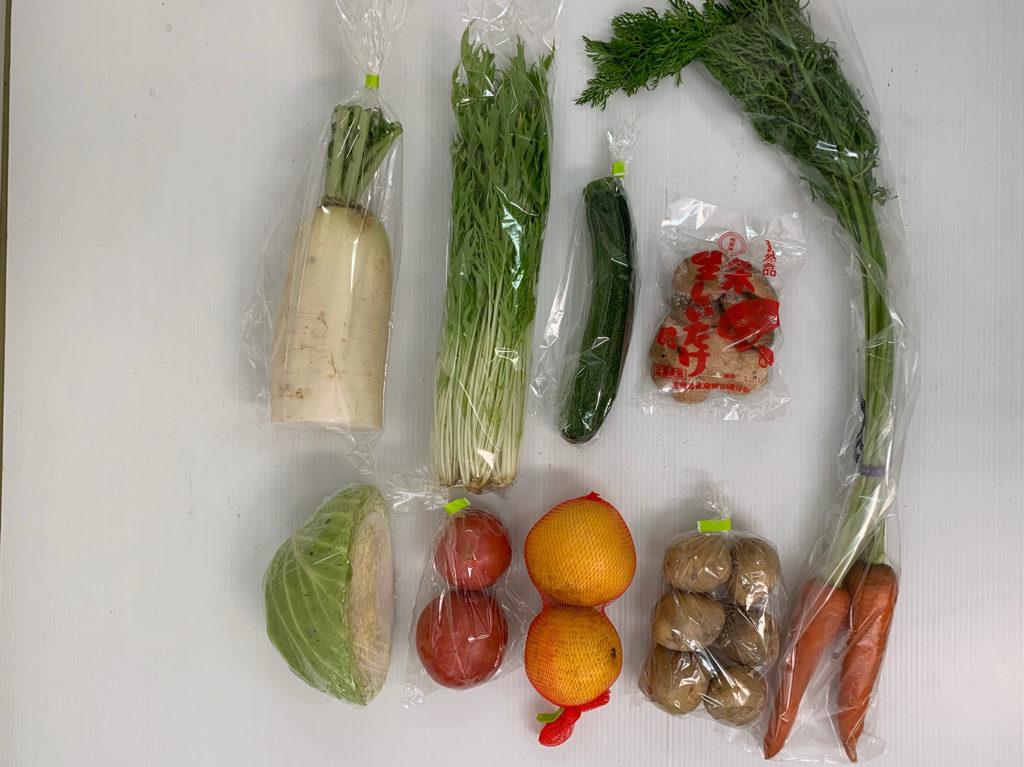 トマト、キャベツ、大根、水菜、ズッキーニ、葉付き人トマト、キャベツ、水菜、葉付き人参、ズッキーニ、じゃがいも(キタアカリ)、生しいたけ、河内晩柑、